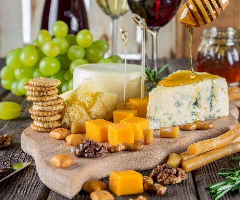 Częste wzdęcia i laktoza – te produkty mają jej NIEWIELE