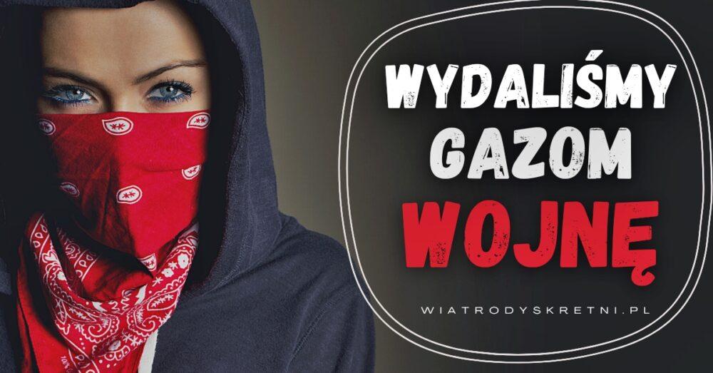 """młoda kobieta z połową twarzy zasłoniętą chustką i napis wydaliśmy gazom wojnę - wizytówka strony """"o nas"""" firmy wiatrodyskretni"""