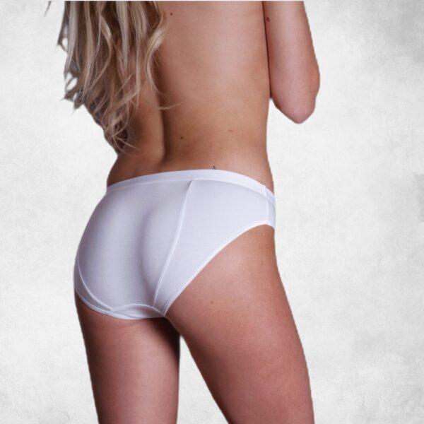 przeciwbąkowa bielizna białe figi widok z tyłu na szczupłej modelce